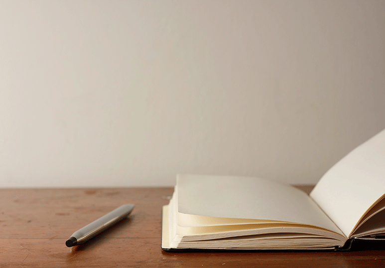 3 Reasons to Hire a Professional Web Writer